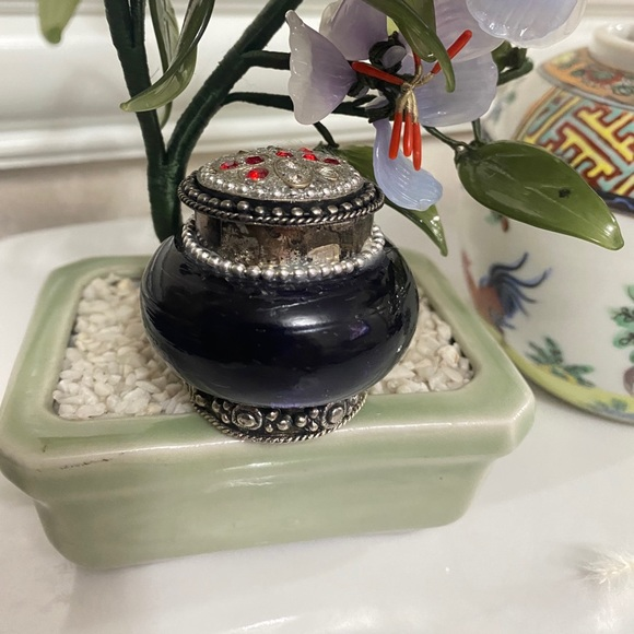 Antique silver & Amber ring box